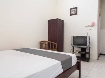 Paprica 1 Surabaya - Double Room Regular Plan