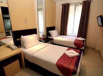 Latief Inn Hotel Bandung - Superior Twin Room Only Regular Plan