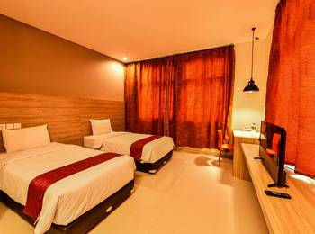 Cherry Homes Express Hotel Bandung - Family Room Regular Plan