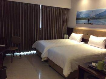 PrimeBiz Hotel Tegal - Superior Twin Room Only Regular Plan