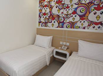 Nite & Day Surabaya - Gunungsari Surabaya - Nite or Day Room Twin Size Room Only DISCOUNT BAR