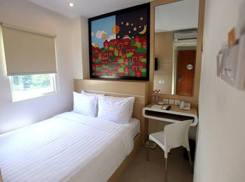 Nite & Day Surabaya - Gunungsari Surabaya - Nite or Day Room King Size Room Only DISCOUNT BAR