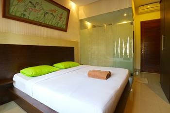 D'Astri Guest House Bali - Deluxe Double Room Regular Plan