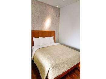 Lembah Sarimas Hotel Subang - Deluxe Room Regular Plan