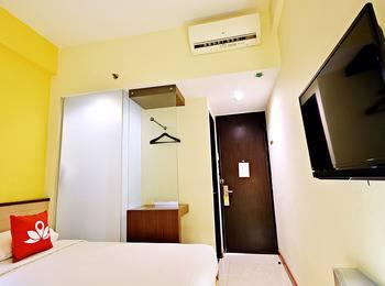 ZenRooms Kuta Sentral Parkir 2 - Double Room Only Regular Plan