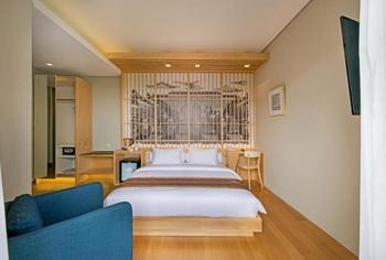 Tama Boutique Hotel Bandung - Deluxe Double Balcony Todays Only