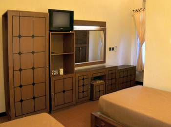 Banyualit Spa & Resort Bali - Superior Room with AC #WIDIH - Weekend Promotion Pegipegi