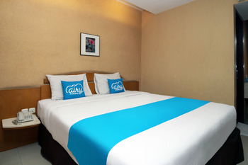 Airy Cihampelas Cipaganti 14 Bandung - Deluxe Double Room Only Regular Plan