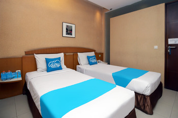 Airy Cihampelas Cipaganti 14 Bandung - Deluxe Twin Room Only Regular Plan