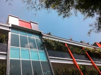 Hotel Surakarta 2