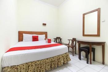 RedDoorz near Kranggan Tugu Jogja Yogyakarta - RedDoorz Room Last Minute