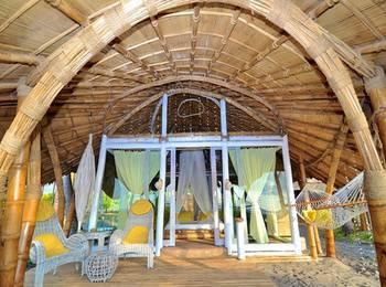 Coconut Garden Beach Resort Sikka - Panoramic Oceanfront Bungalow Regular Plan