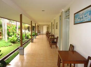 Hotel Besar Purwokerto Banyumas - Budget Twin Room Regular Plan