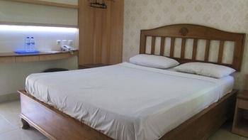 Hotel Besar Purwokerto Banyumas - Zircon Room King/Twin (Non Refundable) Regular Plan