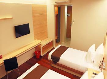 Citihub Hotel at Pecindilan Surabaya - Standart Twin Room Only Regular Plan