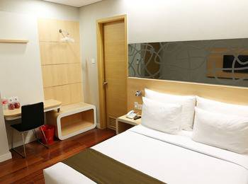 Citihub Hotel at Pecindilan Surabaya - Nano Deluxe Room Only Regular Plan