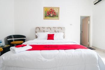 RedDoorz @ P. Diponegoro Street Singkawang - RedDoorz SALE 99K Regular Plan