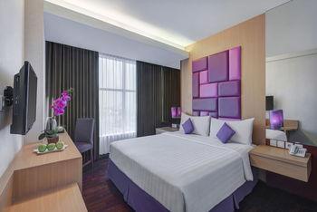 Quest Hotel Darmo Surabaya - Superior with Breakfast Regular Plan