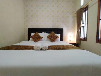 Majapahit Syariah Banyuwangi - Superior Double Room Only Regular Plan