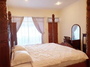 77 Sunset Plaza Hotel Sukabumi - Executive Plus Regular Plan