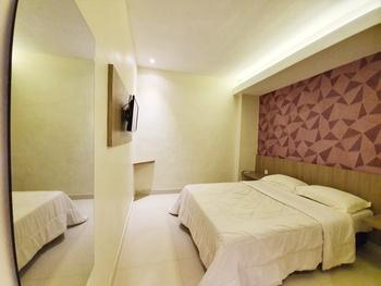 77 Sunset Plaza Hotel Sukabumi - Standard Ac Regular Plan