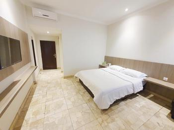 77 Sunset Plaza Hotel Sukabumi - Executive Regular Plan