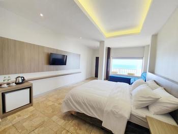 77 Sunset Plaza Hotel Sukabumi - Sunset Suite Regular Plan