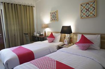 OYO 680 Grhadika Jodipati Bengkulu - Standard Twin Room Last Minute Deal