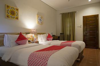 OYO 680 Grhadika Jodipati Bengkulu -  Deluxe Double Room Early Bird Deal