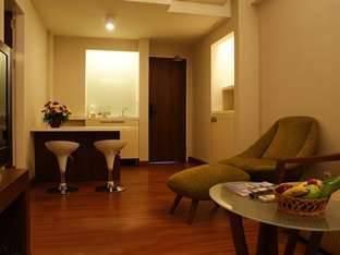 Grand Cikarang Hotel Bekasi - Junior Suite Termasuk Sarapan Pagi Regular Plan