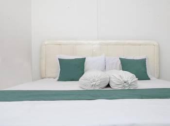 The Guesthouse Cipedes Bandung - RedDoorz Room Regular Plan