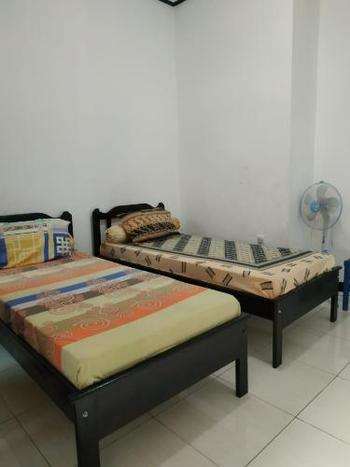 Penginapan Togaz Kupang - Standard Room With Fan Regular Plan