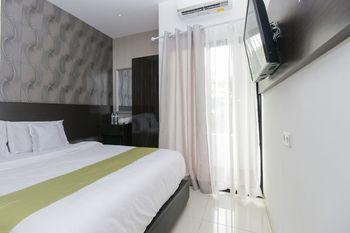 Arotel Tangerang Selatan - Standard Double Room Only Regular Plan
