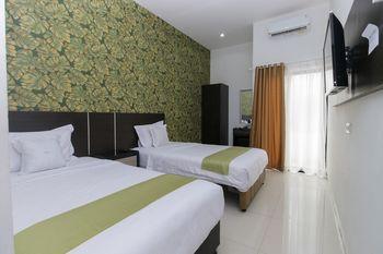Arotel Tangerang Selatan - Standard Twin Room Only Regular Plan