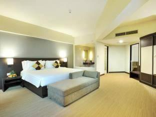 Discovery Ancol - Deluxe Suite Room Minimum 2 Night Stay 33%