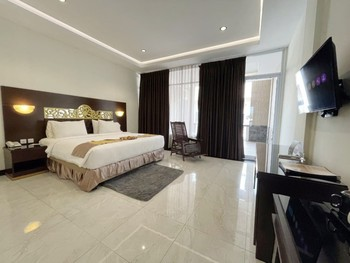 Batam Harbour Boutique Hotel & Spa Batam - Deluxe Balcony Breakfast FC Gajian