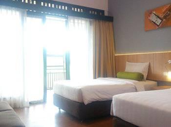 The Green Forest Resort Bandung - Deluxe Twin Room Regular Plan