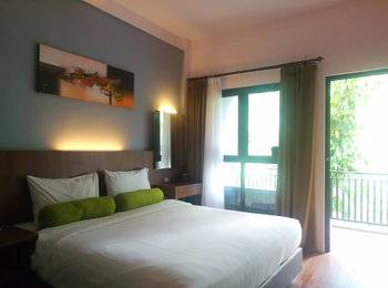 HORISON GREEN FOREST BANDUNG Bandung - Superior King Room Only BASIC DEAL MIN STAY 2