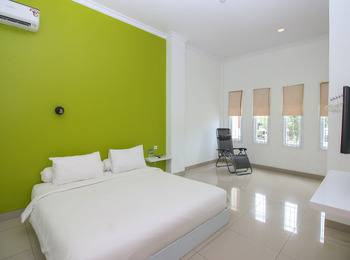 Golden Snail Guest House Balikpapan - Standard Double Room Only Regular Plan