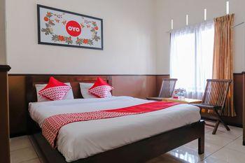 OYO 1028 Garuda Residence