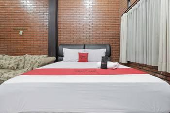 RedDoorz @Cilandak Timur Jakarta - RedDoorz Room with Breakfast Regular Plan