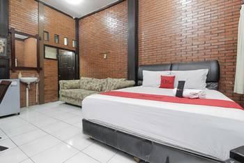 RedDoorz @Cilandak Timur Jakarta - RedDoorz Room with Breakfast After Hours