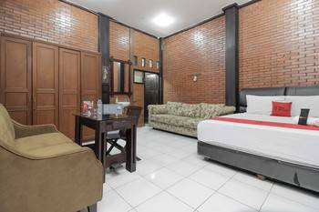 RedDoorz @Cilandak Timur Jakarta - RedDoorz Premium with Breakfast Regular Plan