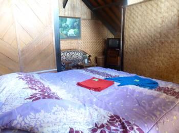 Yoschi's Hotel Probolinggo - Family Room Regular Plan