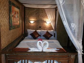 Yoschi's Hotel Probolinggo - ROOM BROMO TOUR PACKAGE Regular Plan