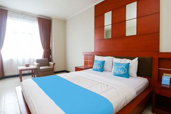 Airy Tanjung Karang Raden Intan 35 Lampung - Deluxe Double Room with Breakfast Special Promo 45