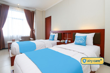 Airy Tanjung Karang Raden Intan 35 Lampung - Deluxe Twin Room with Breakfast Special Promo 8
