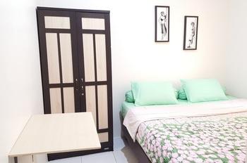 Delta Inn Bogor - King Bed Room 35% Off, Limited Time