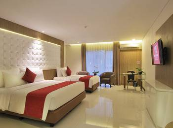 West Point Hotel Bandung - Suite Room With Breakfast & Free Minibar Regular Plan