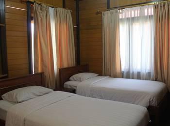 Queen of The South Hotel Parangtritis - Standard Room Regular Plan